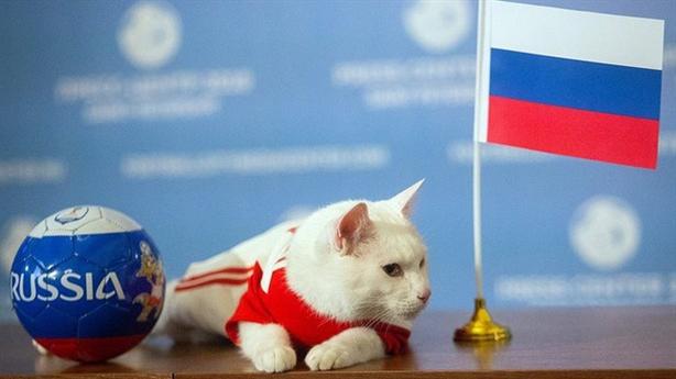 Nga lập kì tích World Cup: Hy vọng mong manh