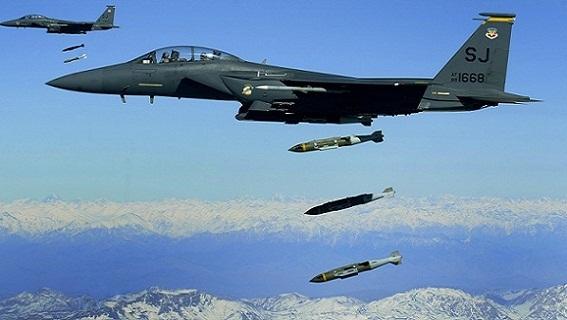 Mỹ không kích Syria ở Deir Ezzor, hỗ trợ IS đánh al-Bukamal