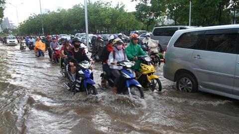 Đường Nguyễn Hữu Cảnh ngập sâu: Chủ máy bơm không thừa nhận