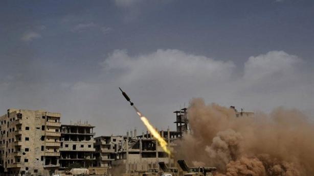 Mỹ án binh bất động nam Syria vì chờ Trump gặp Putin?