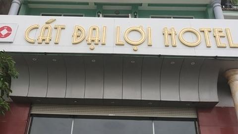 Vụ khách sạn đuổi khách vì ra ngoài ăn: Kết luận nóng