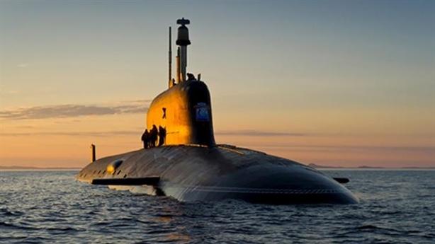 Anh bất lực khi tàu ngầm Nga hoạt động ngay trước mũi