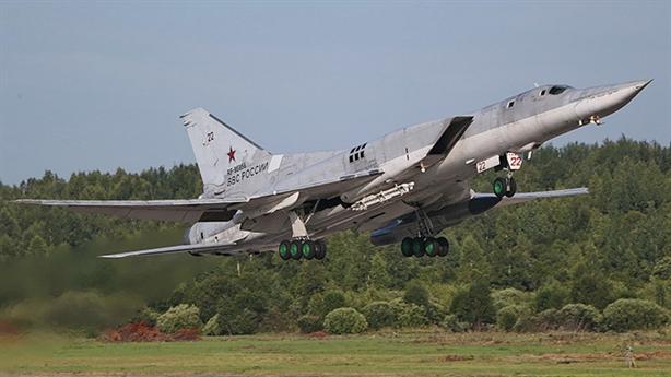 Nga thử tên lửa diệt tàu sân bay lẫn trên đất liền