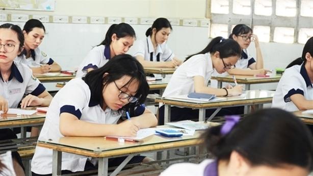 Sửa điểm thi tại Hà Giang, Sơn La: Khoanh vùng quyền - tiền?