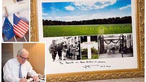 EU tặng ảnh nghĩa trang cho ông Trump: Lời nhắc nhở