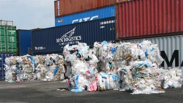 Bộ Công thương lý giải rác, phế liệu ngập cảng