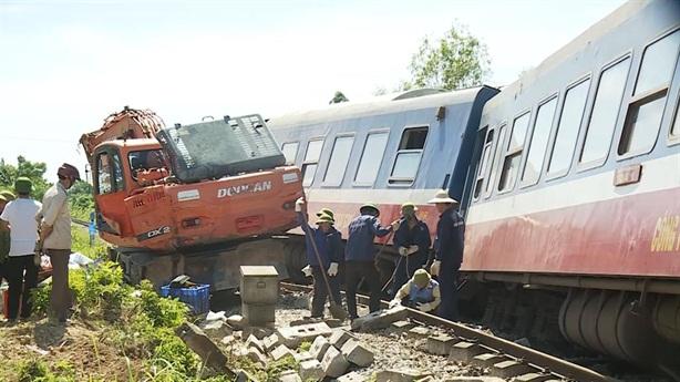 Lãnh đạo đường sắt bị phê bình nghiêm khắc: Xuê xoa!