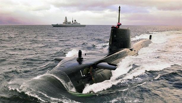 Tàu ngầm hạt nhân Anh chết dở vì thiết bị Mỹ
