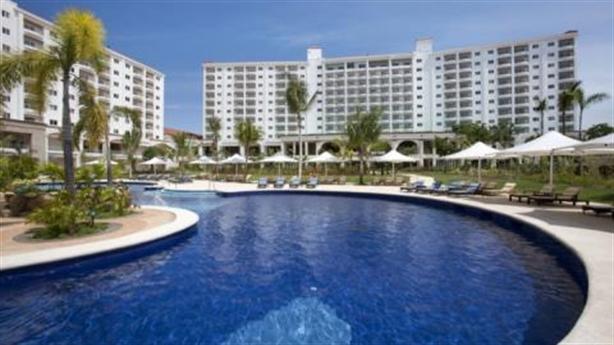 Trả tên condotel là khách sạn, bàn tay đại gia cản bước?