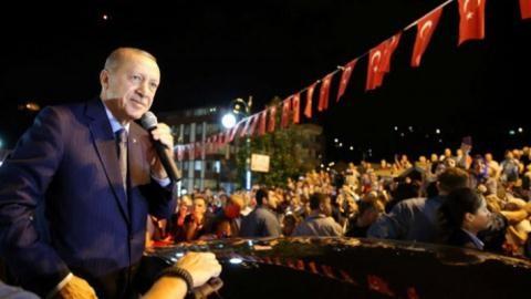 Kêu gọi dân bán vàng cứu đồng lira, Erdogan ngấm đòn Mỹ?