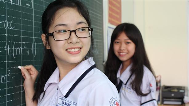 Học sinh THCS được miễn học phí