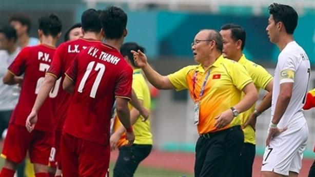 Olympic Việt Nam đấu UAE: Dùng lại đòn lập kì tích?
