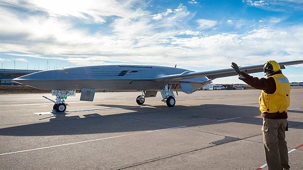 Mỹ mua UAV tiếp dầu giúp vô hiệu tên lửa tấn công