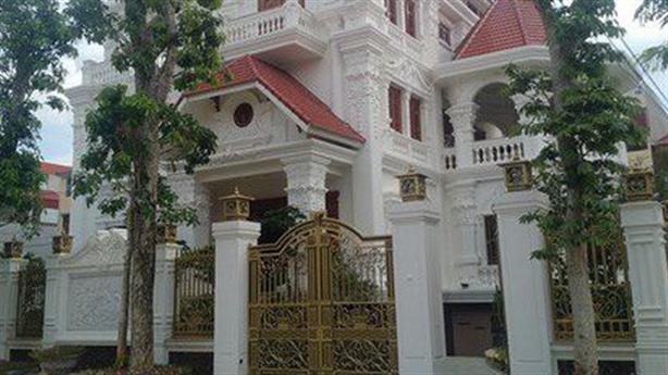 Biệt thự của Phó Chủ tịch tỉnh Lạng Sơn: 'Vợ vay mượn'