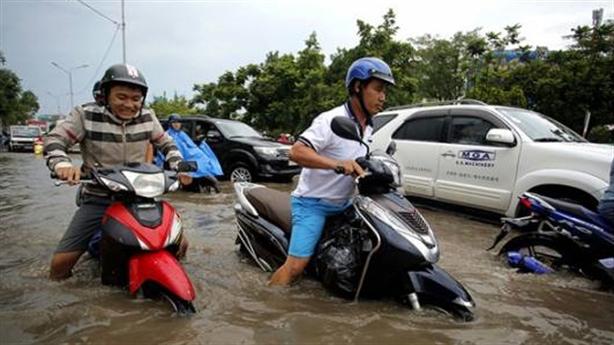470 tỷ đồng chống ngập đường Nguyễn Hữu Cảnh: Khó đấy...
