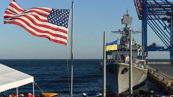 Poroshenko: Ukraine vẫy chào gấu Nga, chạy tới EU và NATO