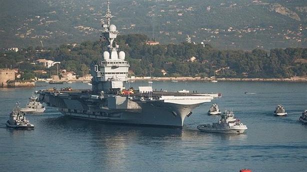 Tàu sân bay Pháp đã sẵn sàng tham gia không kích Syria?