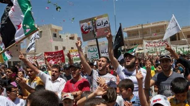 Dân Idlib biểu tình chống Damascus, Nga có bị bất ngờ?