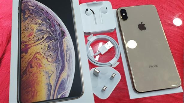 iPhone XS mất hot, Samsung ra hàng bình dân