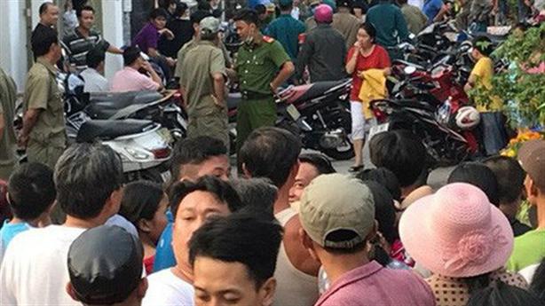 Thảm án Thái Nguyên: Sang hàng xóm đâm chết 3 người