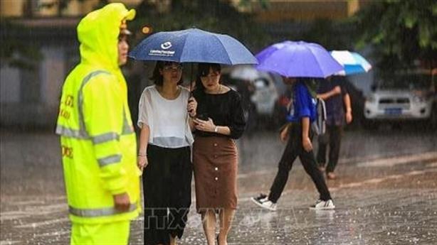 Người dân đến viếng Chủ tịch nước Trần Đại Quang