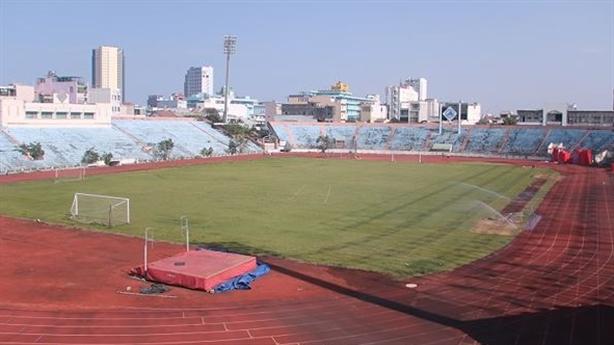 Đà Nẵng: Khó lấy lại sân vận động Chi Lăng