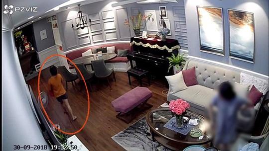 Nữ giúp việc biến mất cùng đồng hồ Rolex: Trích xuất camera