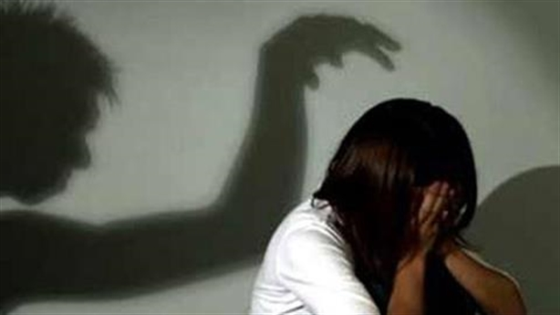 Phó phòng cảnh sát bị điều tra tội dâm ô nữ sinh