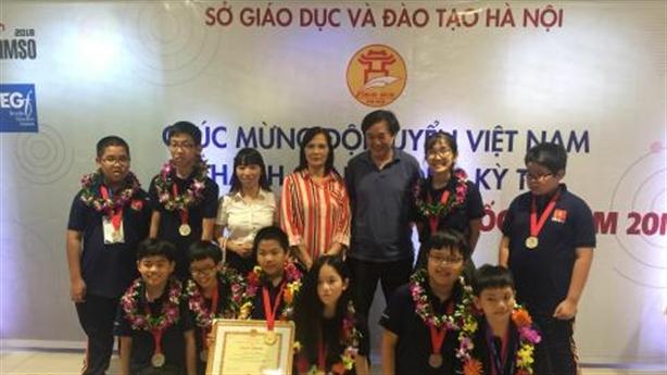 Cậu bé vàng với 15 HCV cấp quốc gia và quốc tế