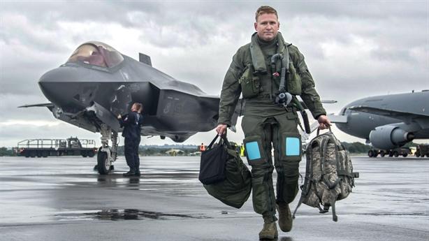 F-35 ngửi thấy mùi nguy hiểm S-300 sau nâng cấp