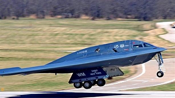 Mỹ nghi Nga không có công nghệ để hạ F-22 và F-35