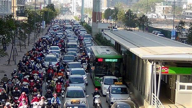 Xuất ngoại khảo sát buýt nhanh BRT: Cách báo cáo 'lạ' vì...
