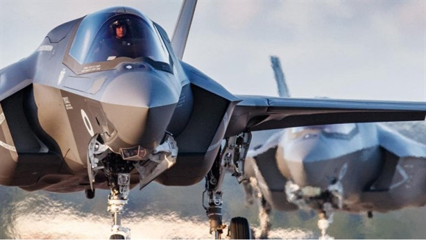 F-35 không có cơ hội chơi một đấu một với S-300?