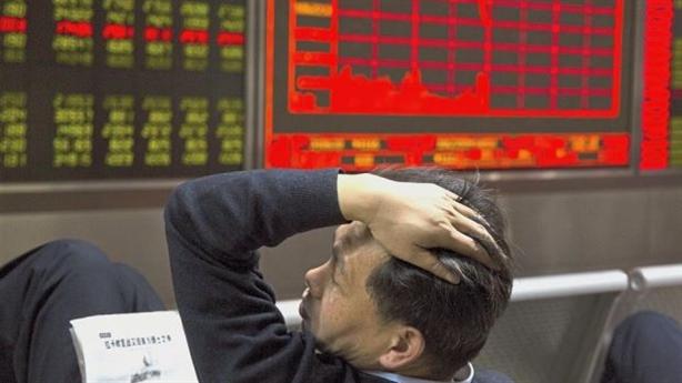 Kinh tế Trung Quốc chịu thêm đòn, Việt Nam ứng phó sao?