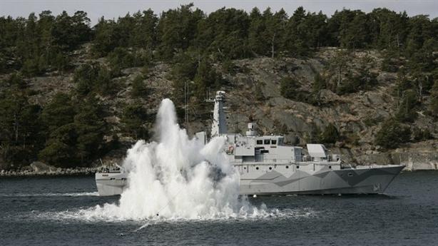 Thụy Điển diễn lại kịch cũ phát hiện tàu ngầm Nga