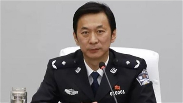 Quan Trung Quốc tự tử khi biết tin đồng nghiệp bị bắt