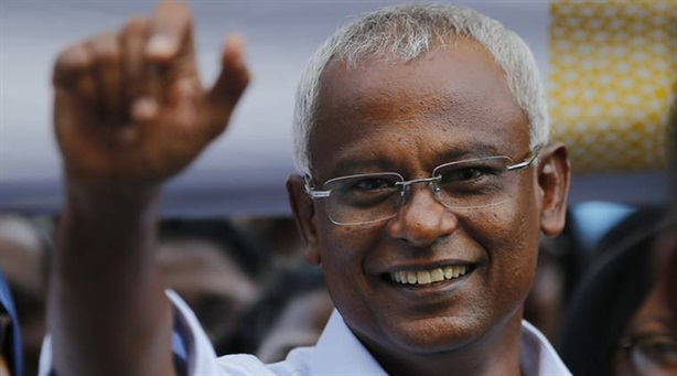 Chính quyền mới Maldives lo khối nợ Trung Quốc