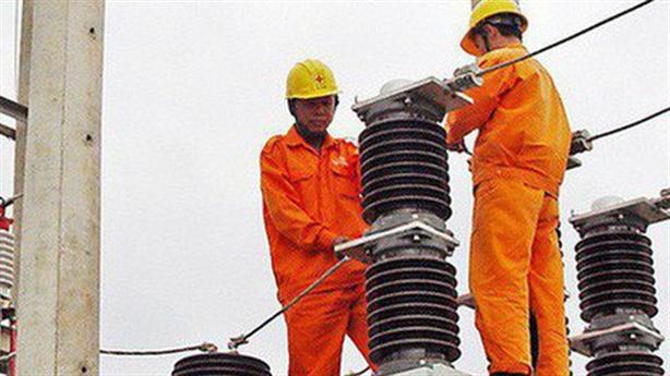 Điều chỉnh giá điện để EVN có lãi: Công khai rồi tính!