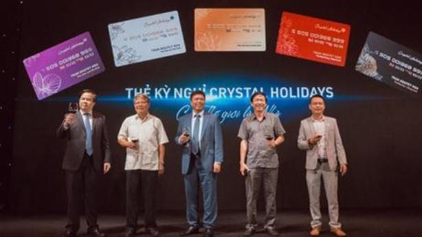 Khách băn khoăn thẻ kỳ nghỉ Crystal Holidays