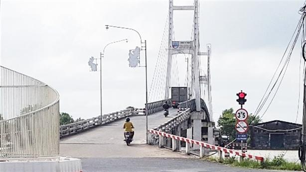 Cầu Rạch Ráng thu phí theo