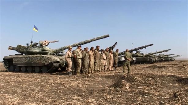 Ukraine nhận xe tăng đánh bại được T-14?