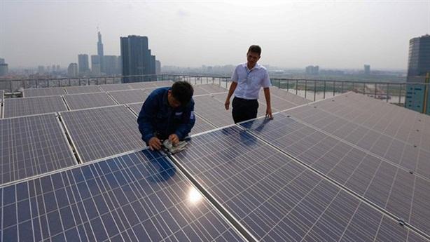 Người dân tự sản xuất điện bán cho EVN có khả thi?