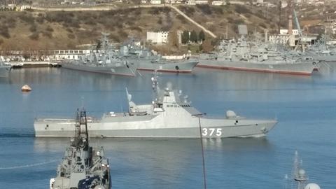 Hạm đội Biển Đen nhận gấp chiến hạm trong tình hình nóng