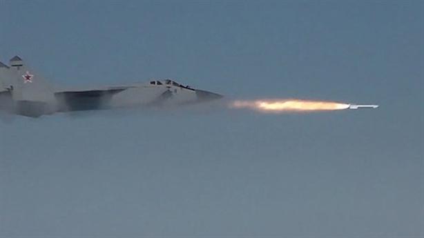 Nga toan tính khi cho MiG-31 đánh chặn tầng bình lưu