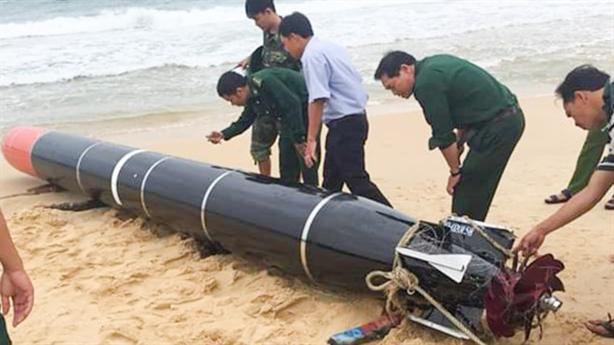 Ngư lôi lạc trên biển Phú Yên: Xử lý thế nào?