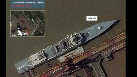 Trung Quốc đóng tàu chiến như 'gà đẻ trứng'