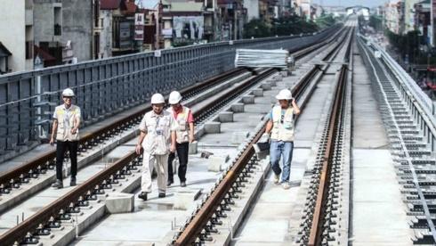 Bộ GTVT giục tiến độ, nhà thầu Cát Linh-Hà Đông kêu khó