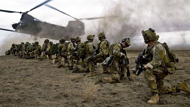Vũng lầy Afghanistan: Mỹ muốn rút nhanh và êm như Syria