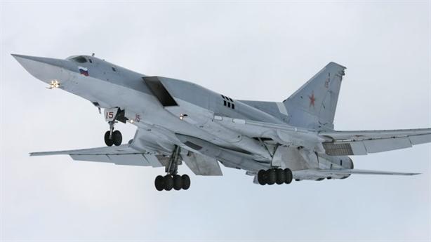 Tu-22M3M quá nguy hiểm khi mang theo Kinzhal