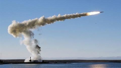 Truyền thông Ukraine mượn tên lửa Mỹ dọa Nga